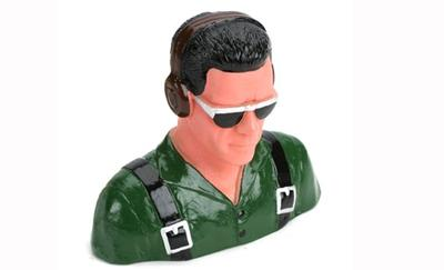 1/5 Pilot, Civilian w/Headphones & Sunglasses (Green)