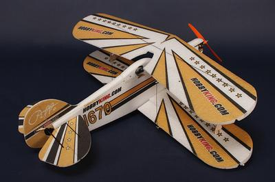 HobbyKing Pitts EPP-CF w/ Brushless outrunner
